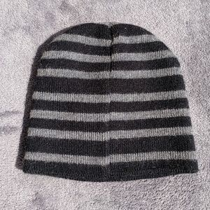 Any 5$ Item 🆓 or offer 5$ less 🎉 Winter Cap